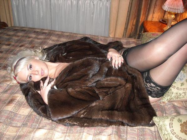 фото проститутки в шубе